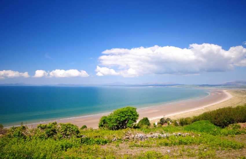 Fabulous sweeping views overlooking the beach and Royal St Davids golf course