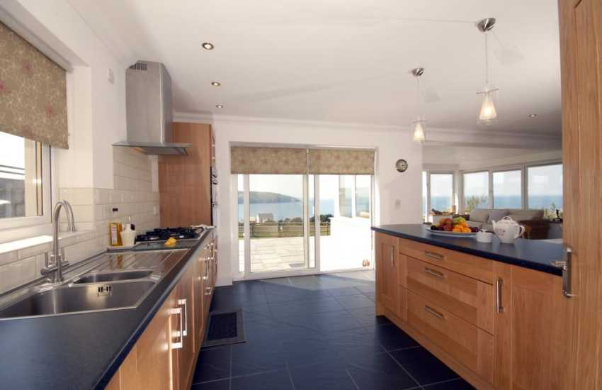 Self-catering house overlooking the sea near Poppit Sands, Cardiganshire - Kitchen area