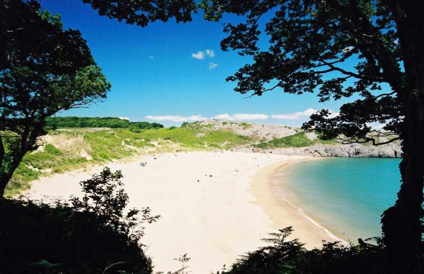 Exotic Barafundle Beach (National Trust) - crystal clear azure waters