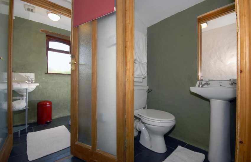 Nolton Haven holiday cottage - shower room