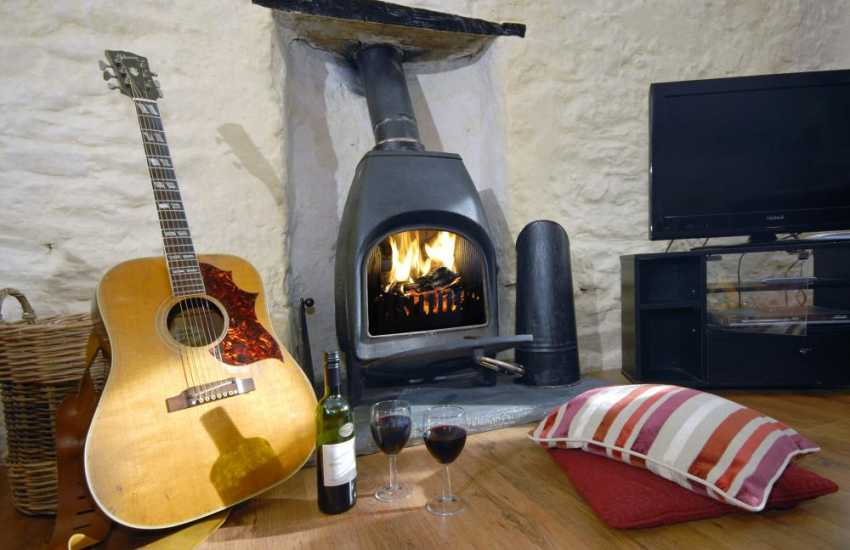 Pembrokeshire coastal retreat for two