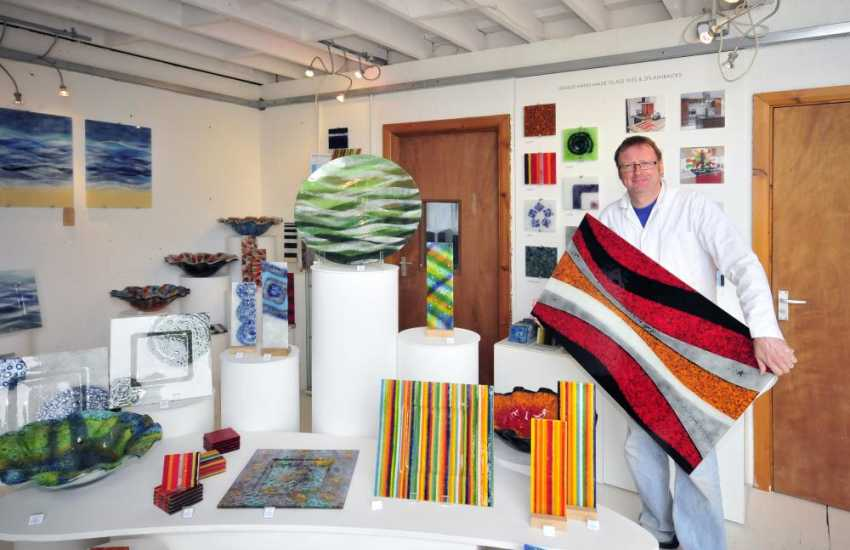 The Steve Robinson Glass Studio, St Davids - a working 'warm glass' studio/gallery and well worth a visit for some holiday souvenirs