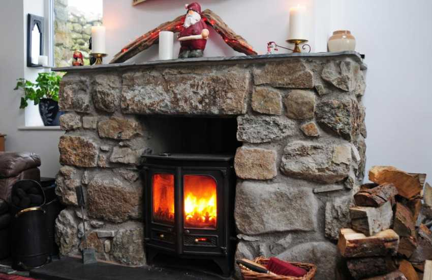 Welsh cottage on coast - log burner
