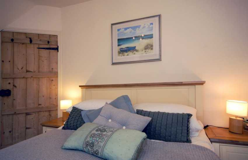 Pembrokeshire home for romantic holidays on the coast