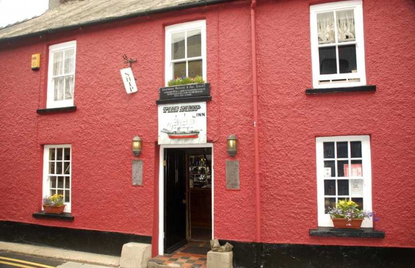 The Ship Inn - traditional real ales and a warm welcome awaits you