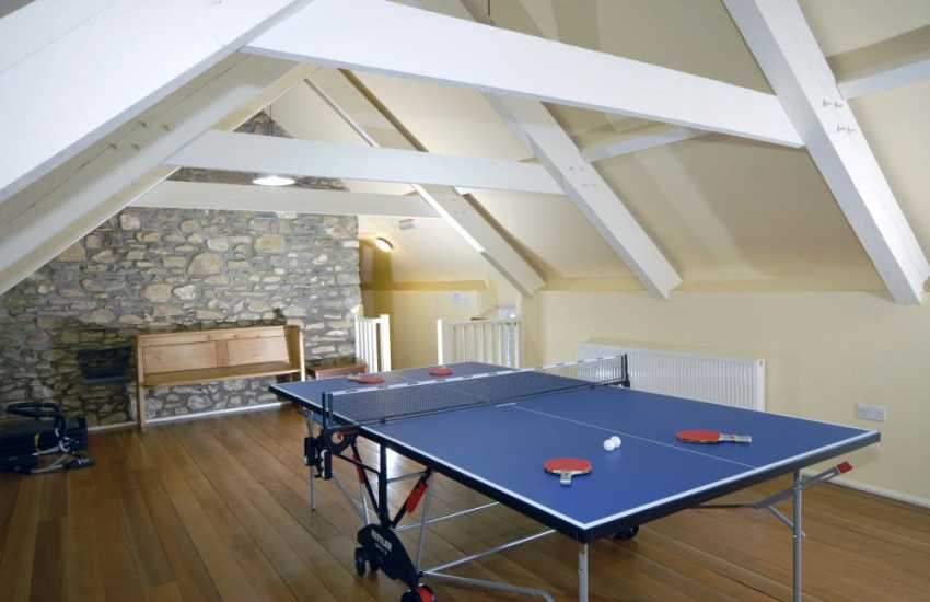 Pembrokeshire holiday home with table tennis and private gym