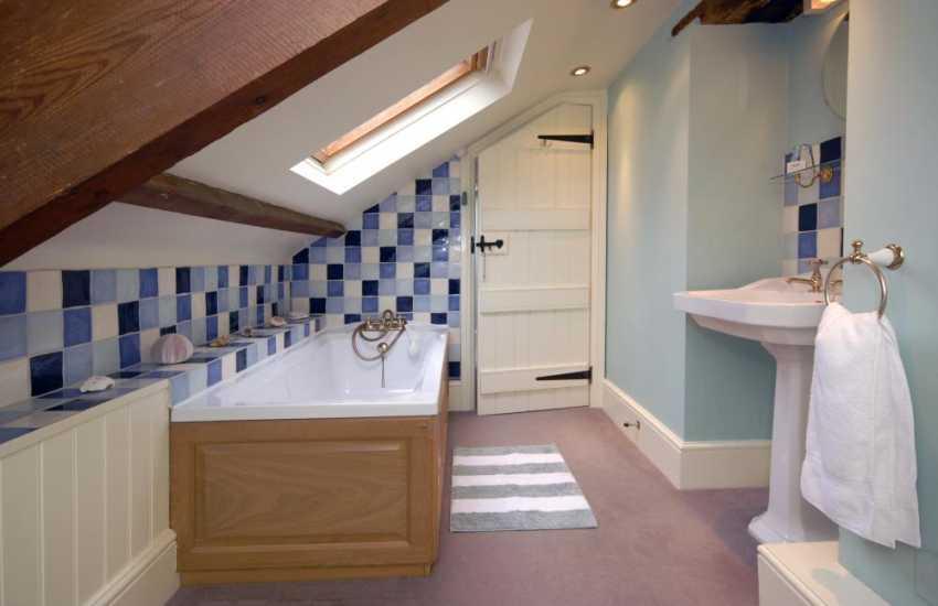 North Pembrokeshire farmhouse - 2nd floor family bathroom