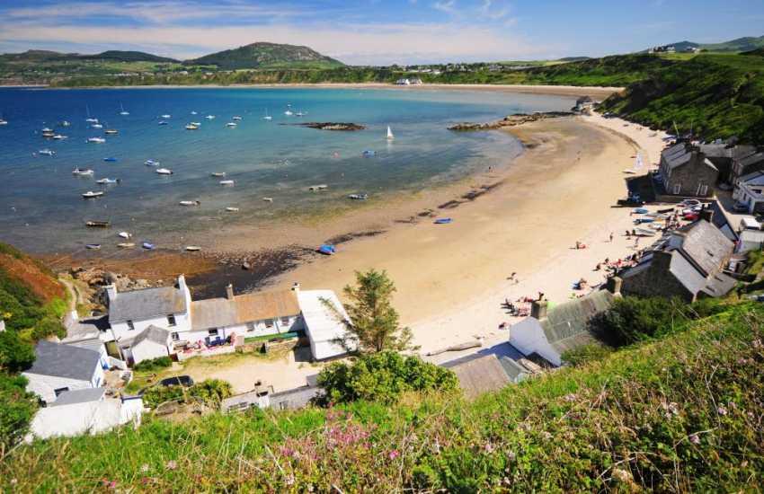 Porthdinllaen beach at Morfa Nefyn