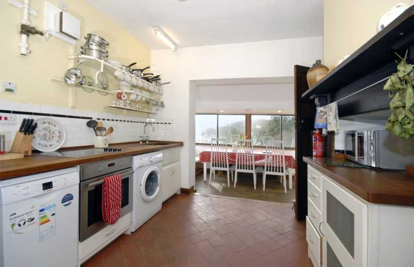 Pembrokeshire holiday cottage - country style kitchen with pantry