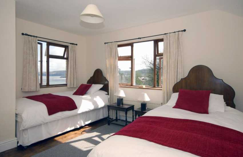 New Quay family holiday home  sleeping 8 - twin bedroom with sea views
