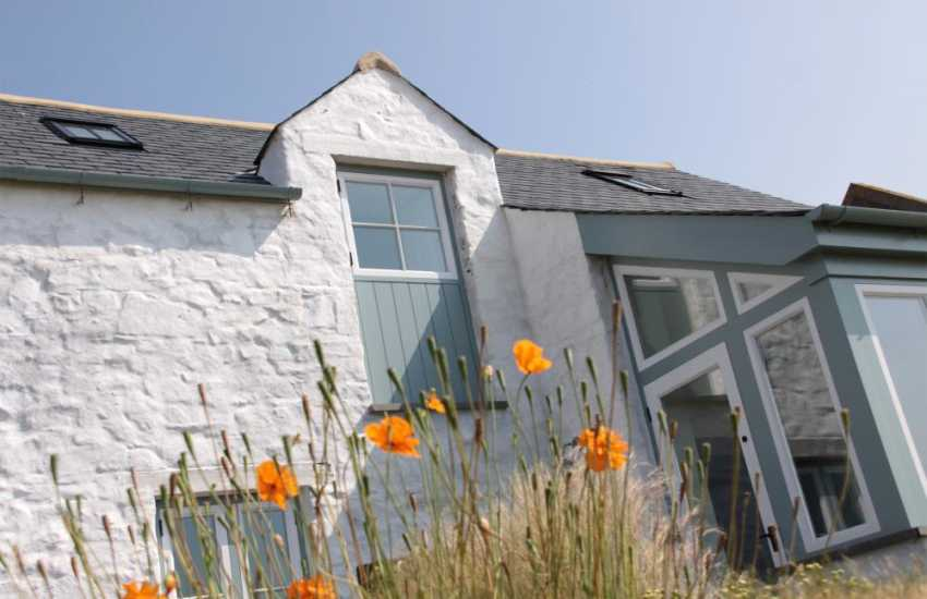 Solva holiday cottage - sleeps 6