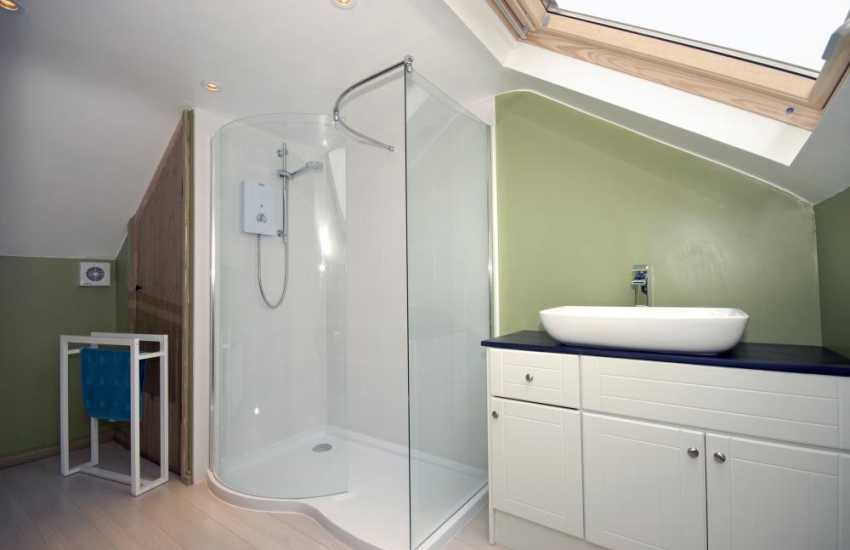 Solva holiday home - first floor large walk in shower room