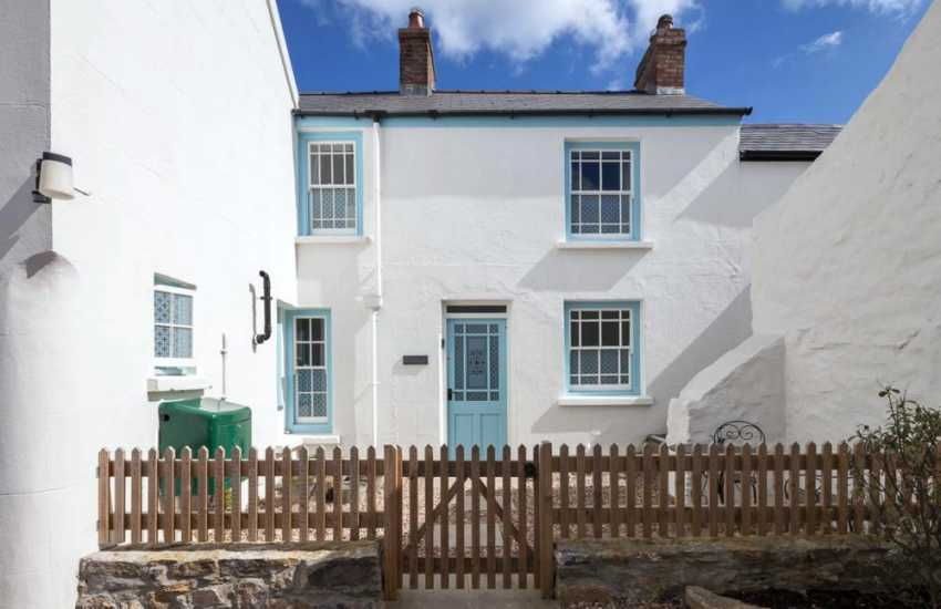 Holiday cottage Manorbier, South Pembrokeshire