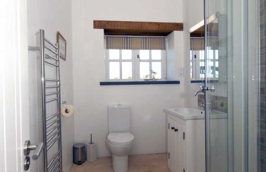Welsh holiday home - en-suite shower room