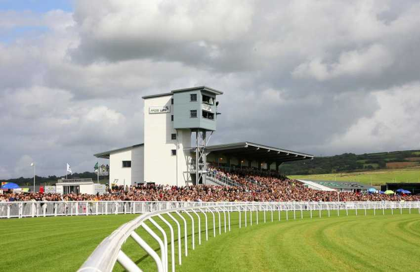 Ffos Las Racecourse treat yourselves to a day at the races in this magnificent setting surrounded by rolling hills in the Gwendraeth Valley