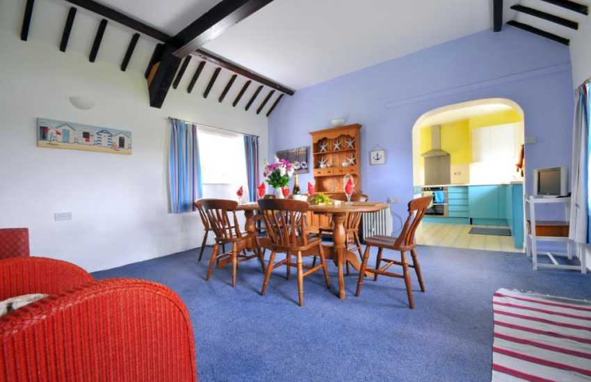 North Wales holiday cottage - dining room