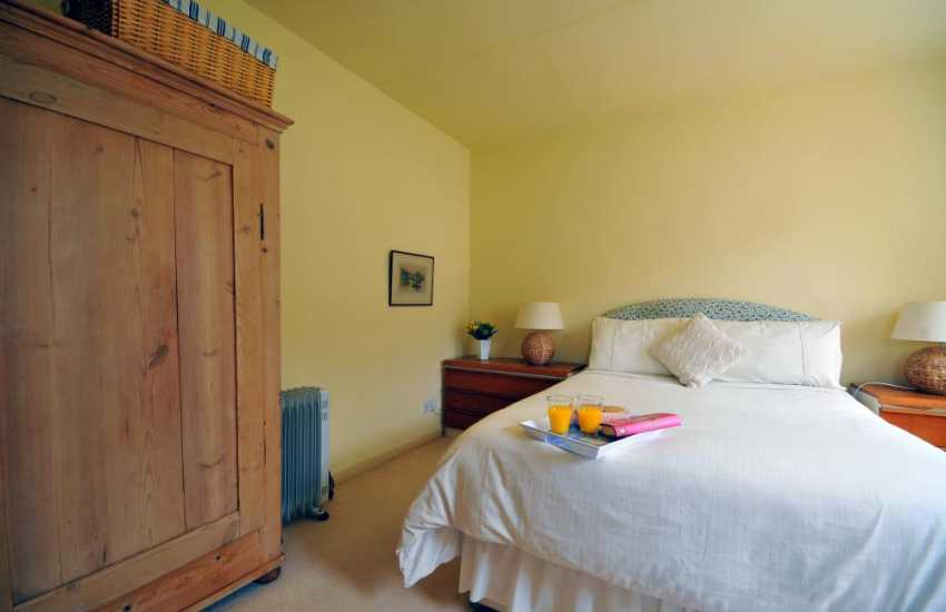Self catering Anglesey - double bedroom