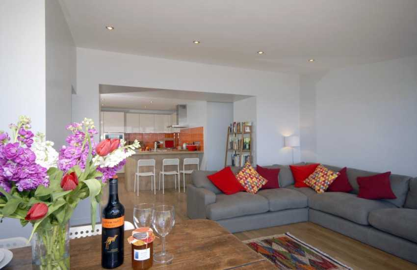 Self catering near Saundersfoot - open plan kitchen/dining/living room