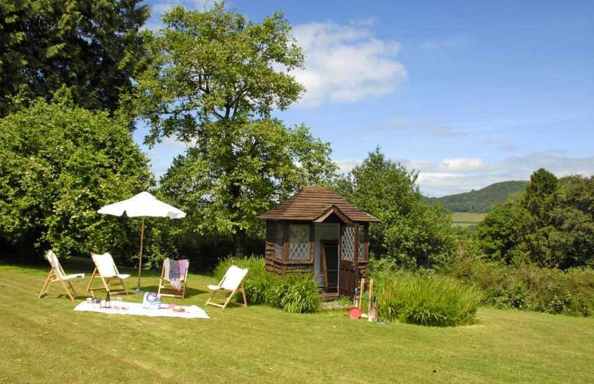 Tywi Valley holiday home with secluded gardens