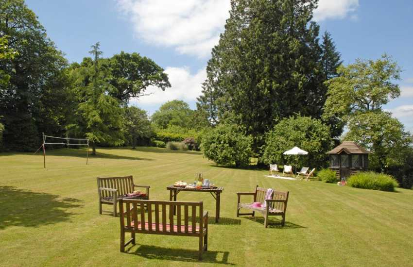 Carmarthenshire holiday home with very large private gardens