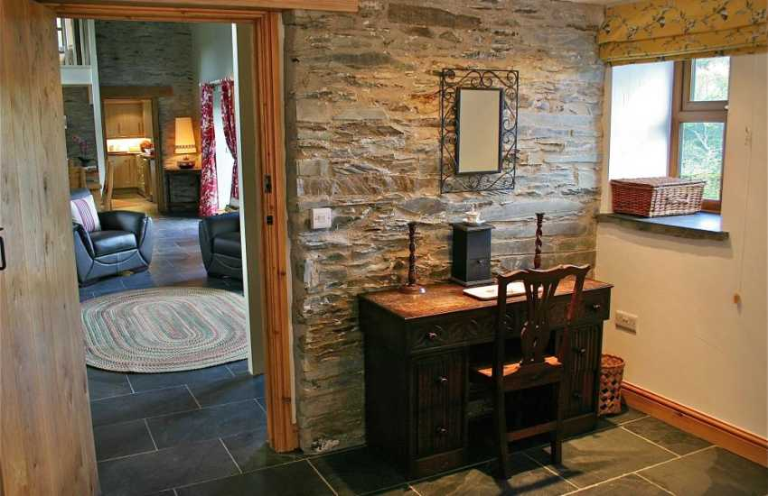 Snowdonia National Park holiday cottage - master bedroom