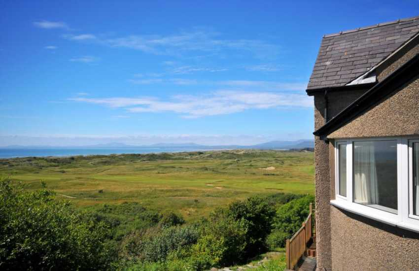 Holiday house Harlech - exterior