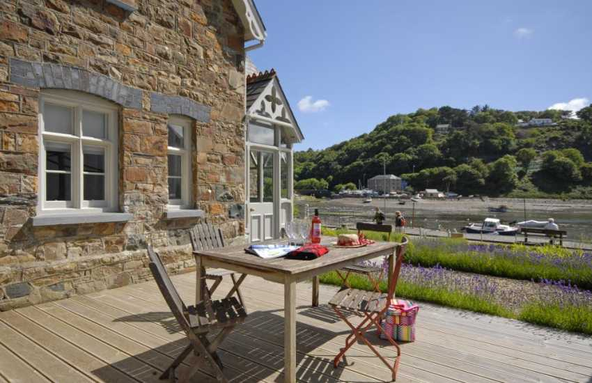 Fishguard Harbour holiday home - sheltered deck overlooking the water