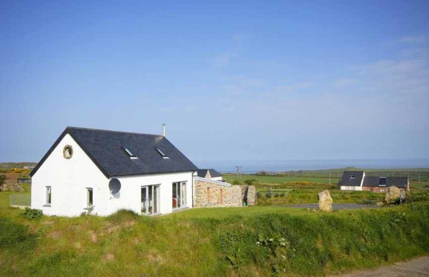 North Pembrokeshire barn with panoramic views to the coast at Abereiddy