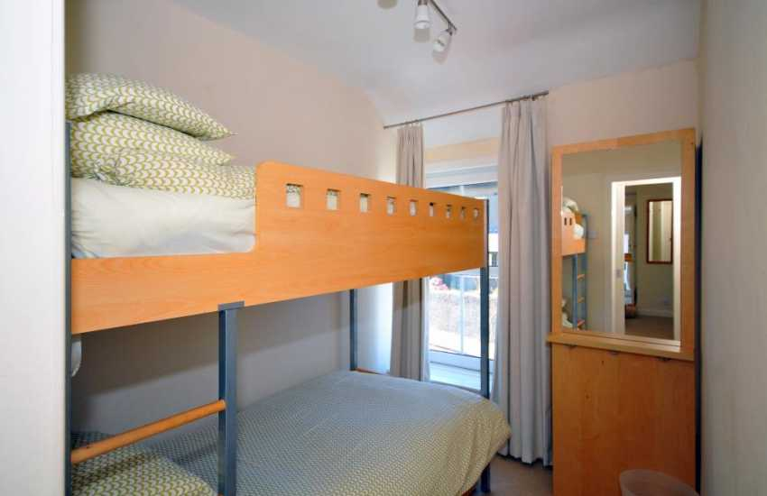 Bedroom in superb town house near the beach