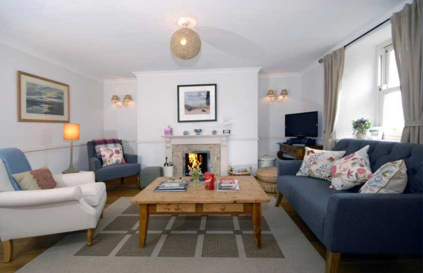 Holiday cottage Pembrokeshire - sitting room with coal fire