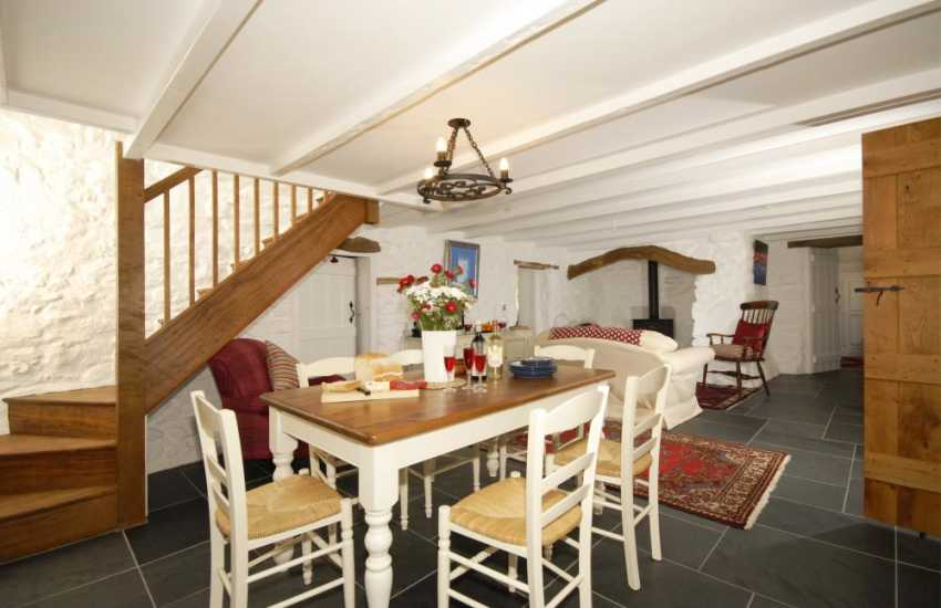Traditional Pembrokeshire cottage with under-floor heating -  dining room/snug with wood burning stove