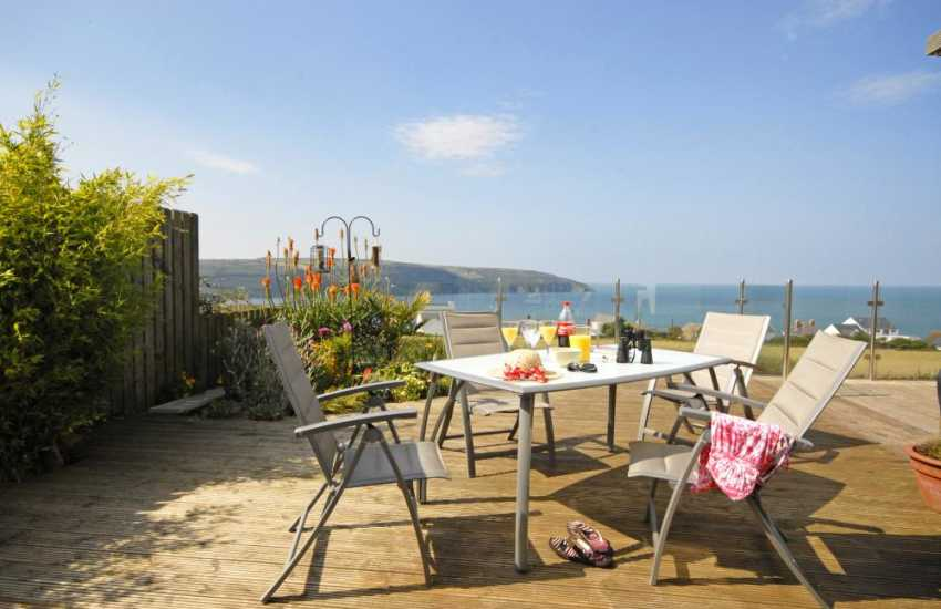 Cardigan Heritage Coast home with stunning sea views - deck area