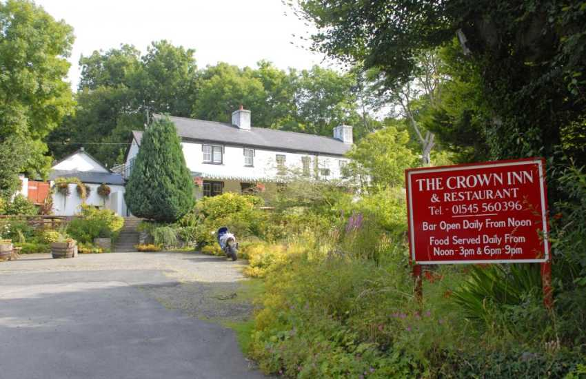 The Crown Inn, Llwydaffydd - a traditional pub with a good selection of bar food and dogs are welcomed in the bar