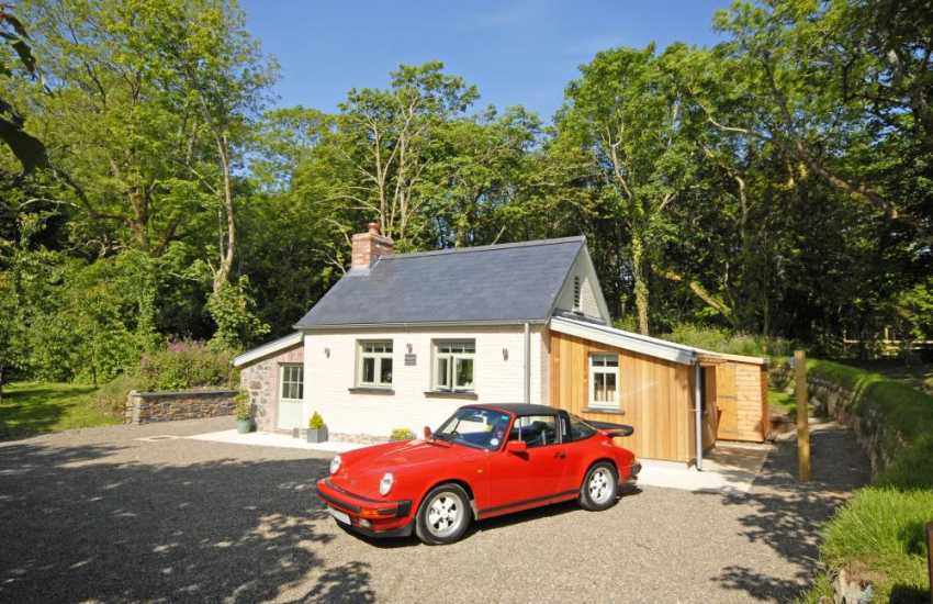 Quaint North Pembrokeshire holiday cottage