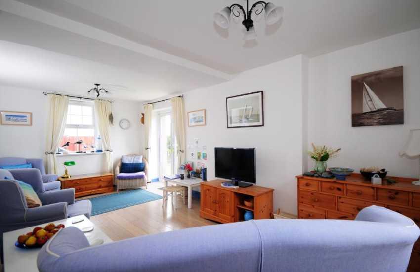 Aberdaron cottage holiday - lounge