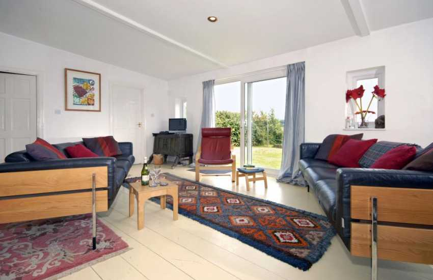 Laugharne spacious holiday studio with estuary views - open plan lounge