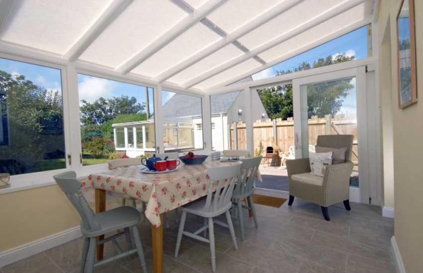 Pembrokeshire coastal cottage - conservatory