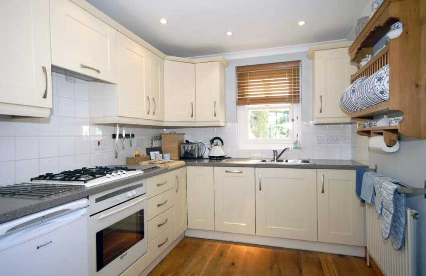 Self catering cottage North Pembrokeshire - luxury fitted kitchen