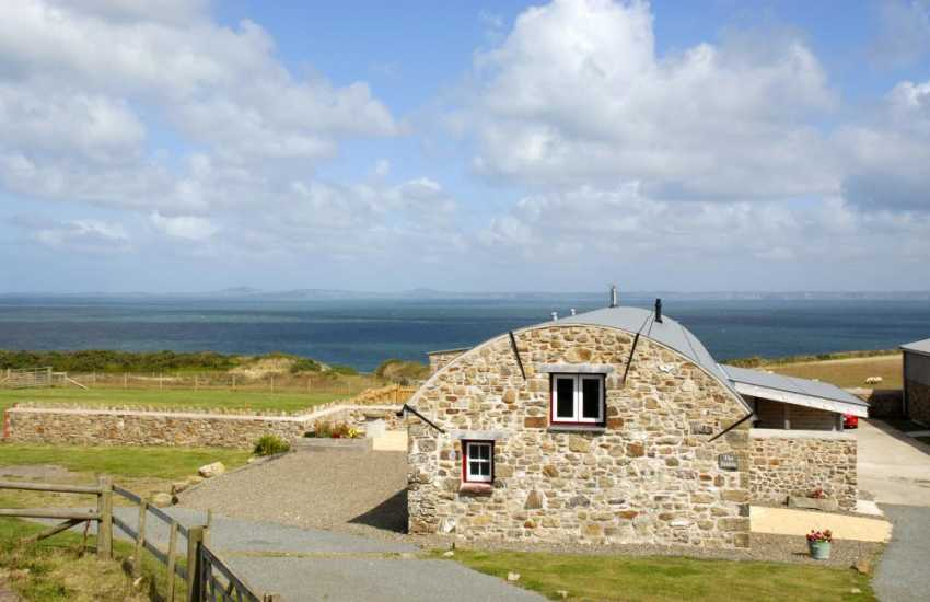 Coastal holiday home overlooking St Brides Bay