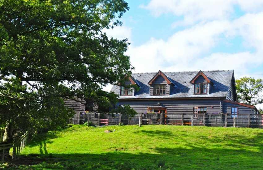 Holiday cottage in Wales Llwyn Coppa Barn