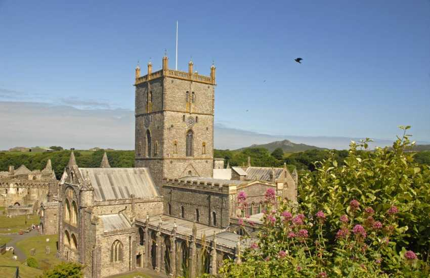 Magnificent St Davids Cathedral and ruined Bishop's Palace
