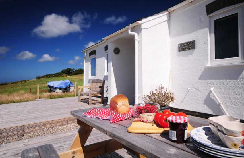Morfa Nefyn holiday cottage - garden