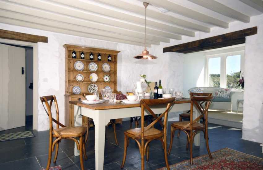 North Pembrokeshire spacious holiday home- dining area