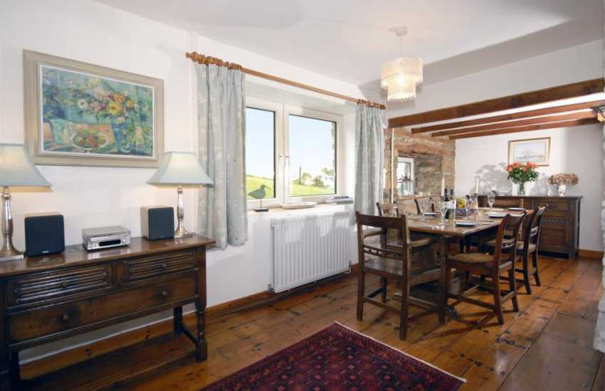 Cottage near Newport, Pembrokeshire with antique furniture - open plan dining area