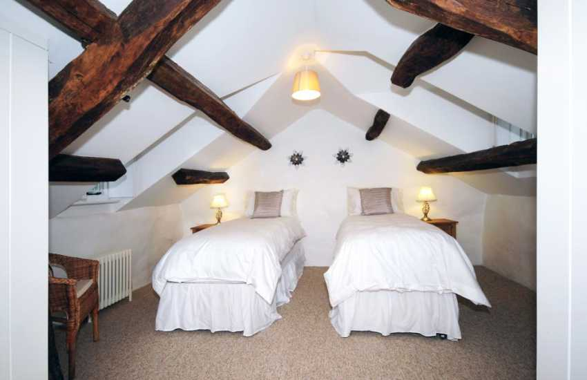 Shell Island holiday cottage - double bedroom