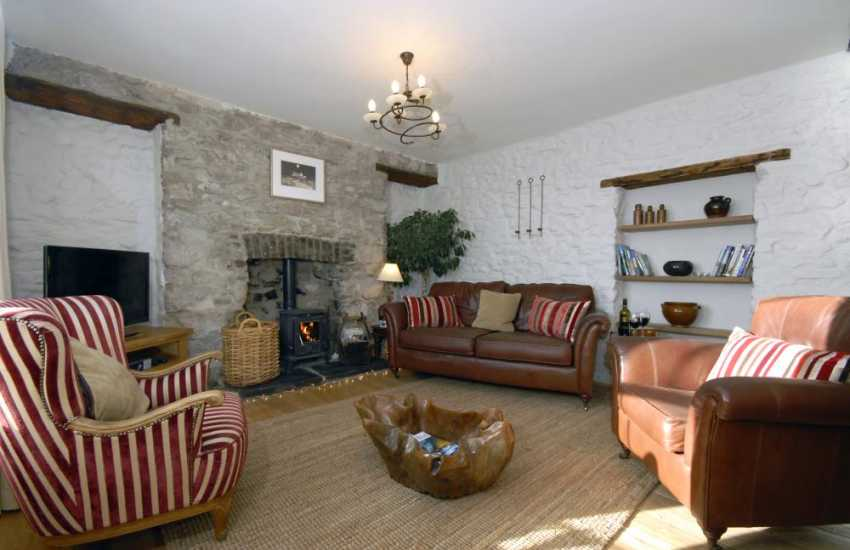 Welsh cottage with wooden floors, log burning stove and pets welcome