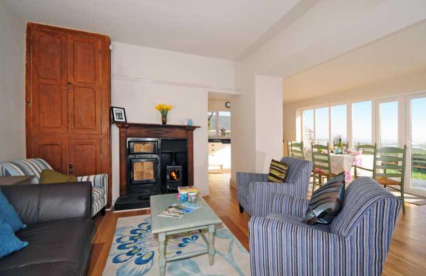 Welsh cottage on the coast - sitting room
