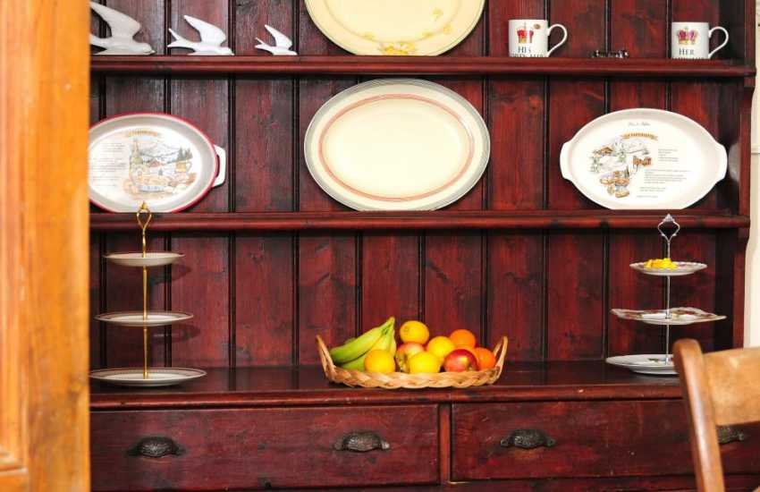 Mid Wales holiday cottage - dresser