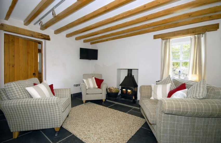 St Davids luxury holiday home - snug with wood burning stove
