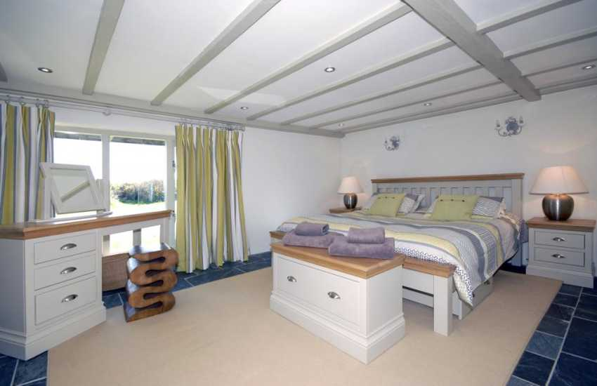 Marloes Sands holiday house - master super king size bedroom with en-suite shower